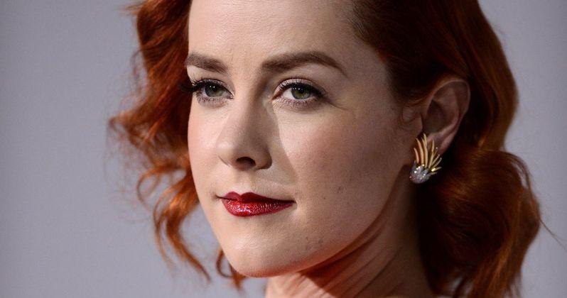 Jena Malone Talks Carrie Kelly Batman v Superman Rumors