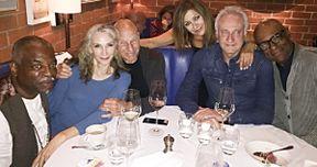 Star Trek: The Next Generation Cast Reunites with Patrick Stewart Over Dinner