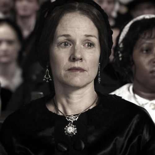 EXCLUSIVE: Penelope Ann Miller Talks Mary Todd in Saving Lincoln
