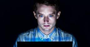 Open Windows Trailer Starring Elijah Wood and Sasha Grey