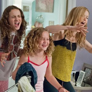 This Is 40 Photo with Leslie Mann and Daughters Maude and Iris Apatow