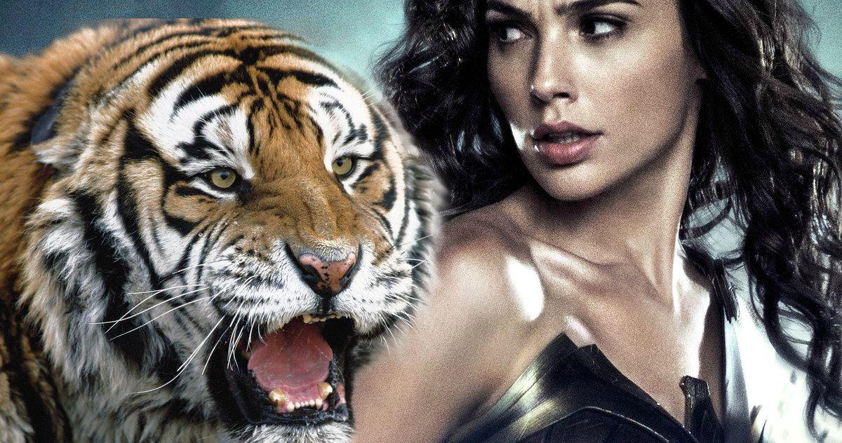 Тигр и девушка открытки, мухтаром