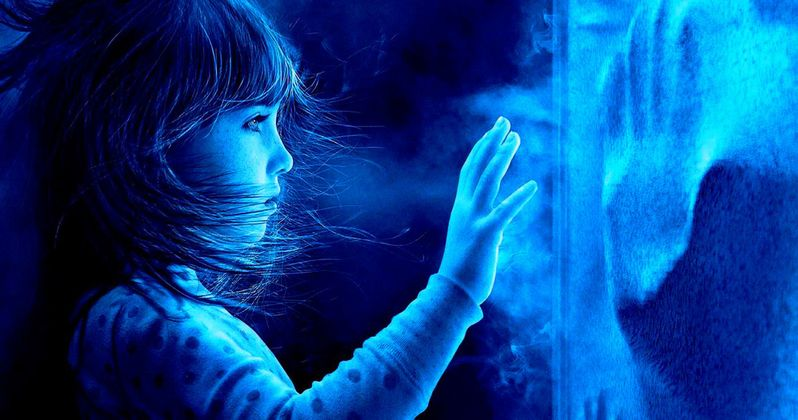 Poltergeist Poster Wants You to Go Into the Light