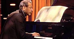 Jeff Goldblum Is Releasing His First Ever Jazz Album