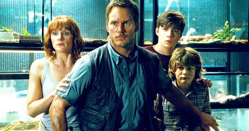 Jurassic World Clip: Chris Pratt Is the Raptor Whisperer