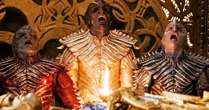 New Star Trek Discovery Trailer Sparks a Klingon War