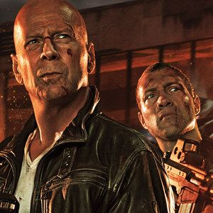 A Good Day to Die Hard Poster with Bruce Willis and Jai Courtney