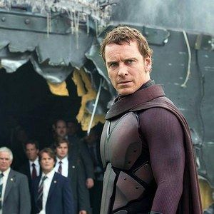 Magneto Rescues Passengers in New X-Men: Days of Future Past Photo