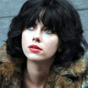 Under the Skin Trailer Starring Scarlett Johnasson