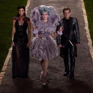The Hunger Games: Catching Fire Clip 'The Party'