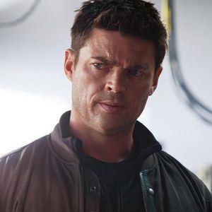 Watch 7-Minute Almost Human Sneak Preview