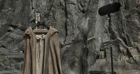 Star Wars 8 Set Photo Goes Inside Luke Skywalker's Jedi Temple