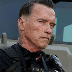 Arnold Schwarzenneger Reveals First Ten Set Photo!
