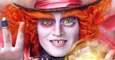 Watch Johnny Depp's Mad Hatter Surprise Fans at Disneyland