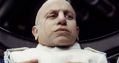 Verne Troyer, Mini-Me in Austin Powers, Dies at 49