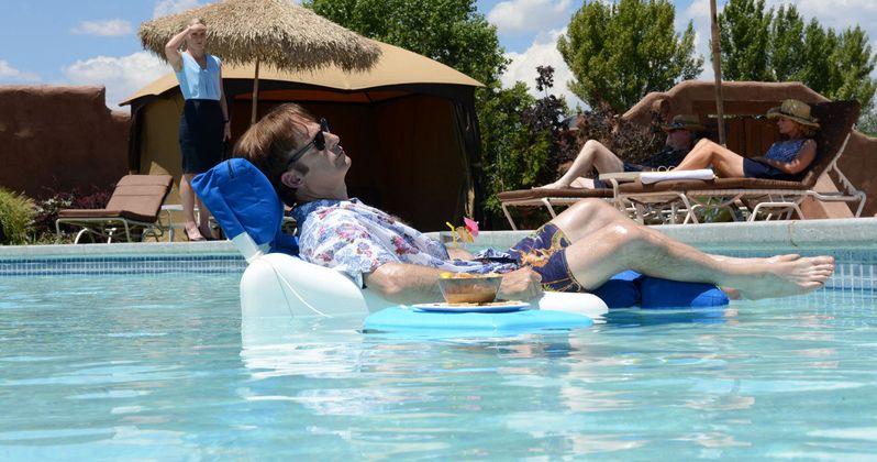 Better Call Saul Season 2 Gets a Premiere Date & New Photos