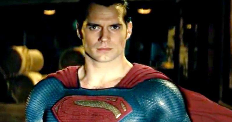First Batman v Superman TV Spot Has Superman Fighting the Batmobile