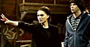 Natalie Portman Is Eleven in SNL's Stranger Things Season 3 Spoof