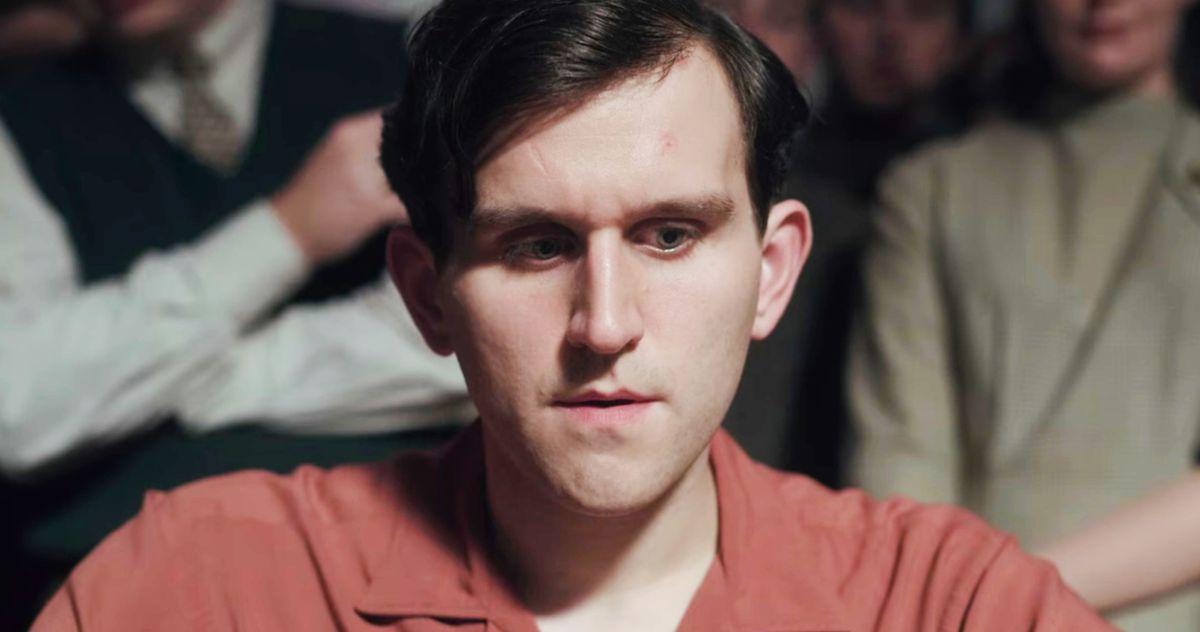哈利·波特明矾在克里斯蒂安·贝尔的《淡蓝眼睛》中与埃德加·艾伦·坡较量- 天天宝藏 DAYDAYFUN