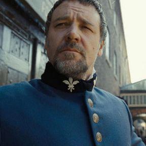 Les Miserables 'Production Design' and 'Costumes' Featurettes