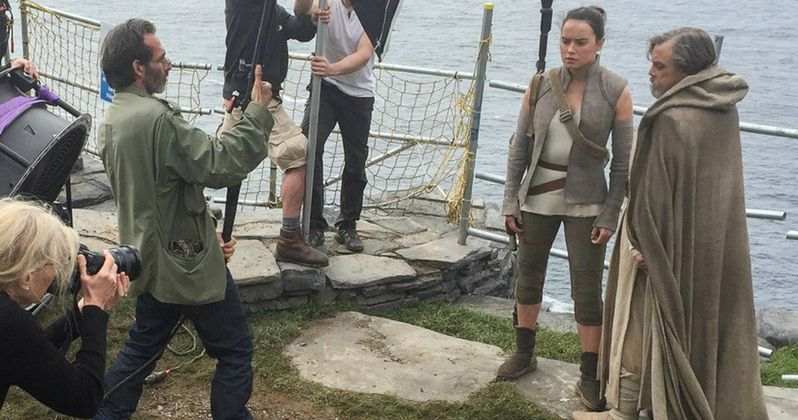 New Star Wars 8 Photos Go On Set with Luke, Leia and Rey