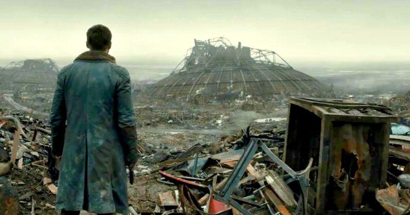 First Blade Runner 2049 Clip Goes Inside a Futuristic Sweatshop