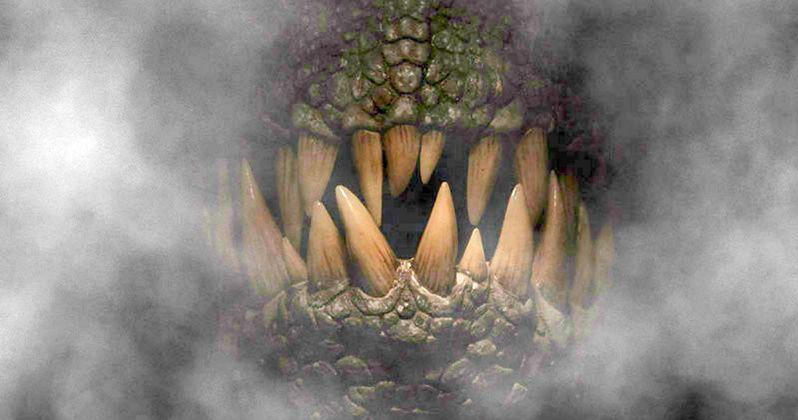Jurassic World Poster Teases Arrival of Indominus Rex