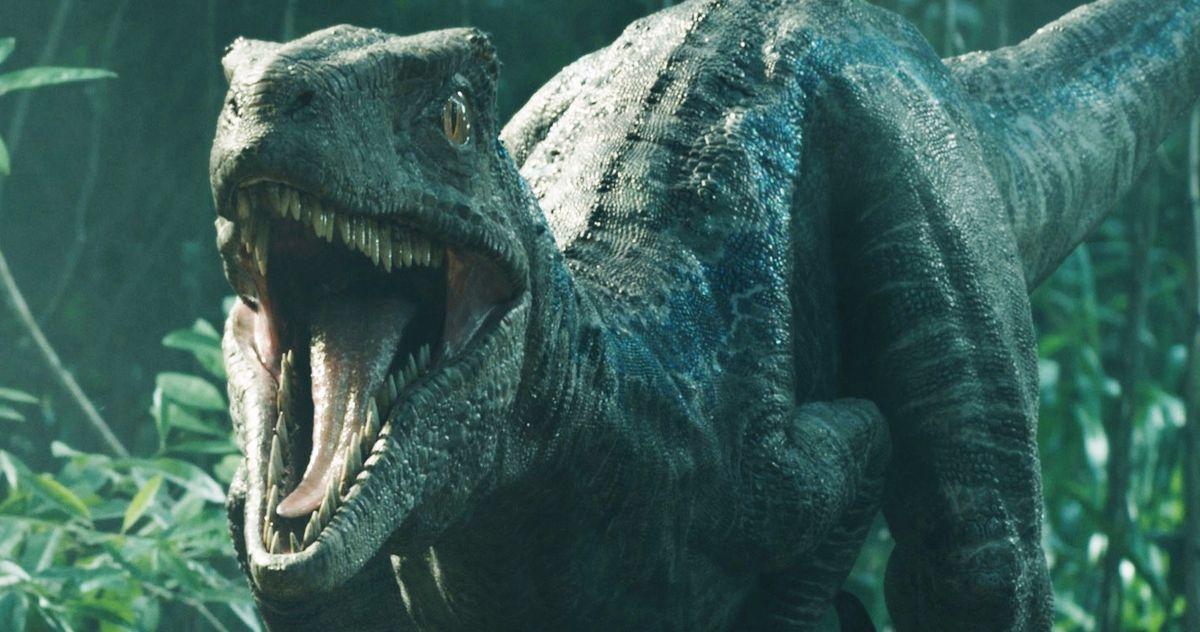 Jurassic World 3 Set Video Shows Off Skinless Animatronic Dinosaur