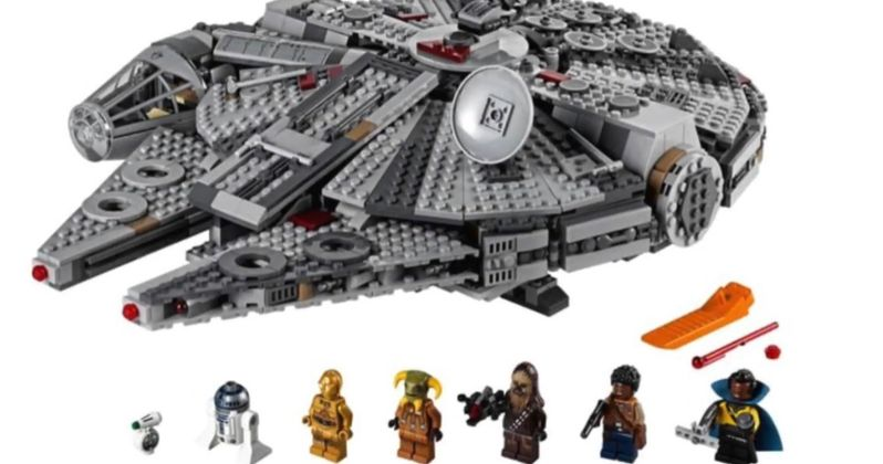 Rise of Skywalker LEGO Sets Show Off Updated Millennium Falcon & New Ships