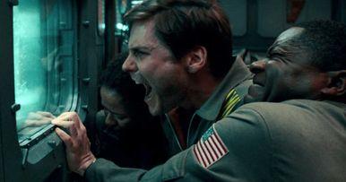 Cloverfield Paradox Divides Fans & Critics After Surprise Release