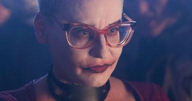Female Joker Revealed in Gotham Season 2 Photos
