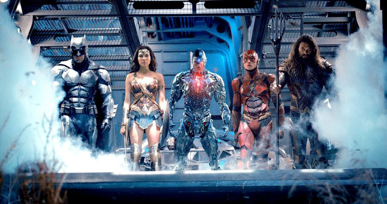 International Justice League Trailer Has That Team Shot You Wanted