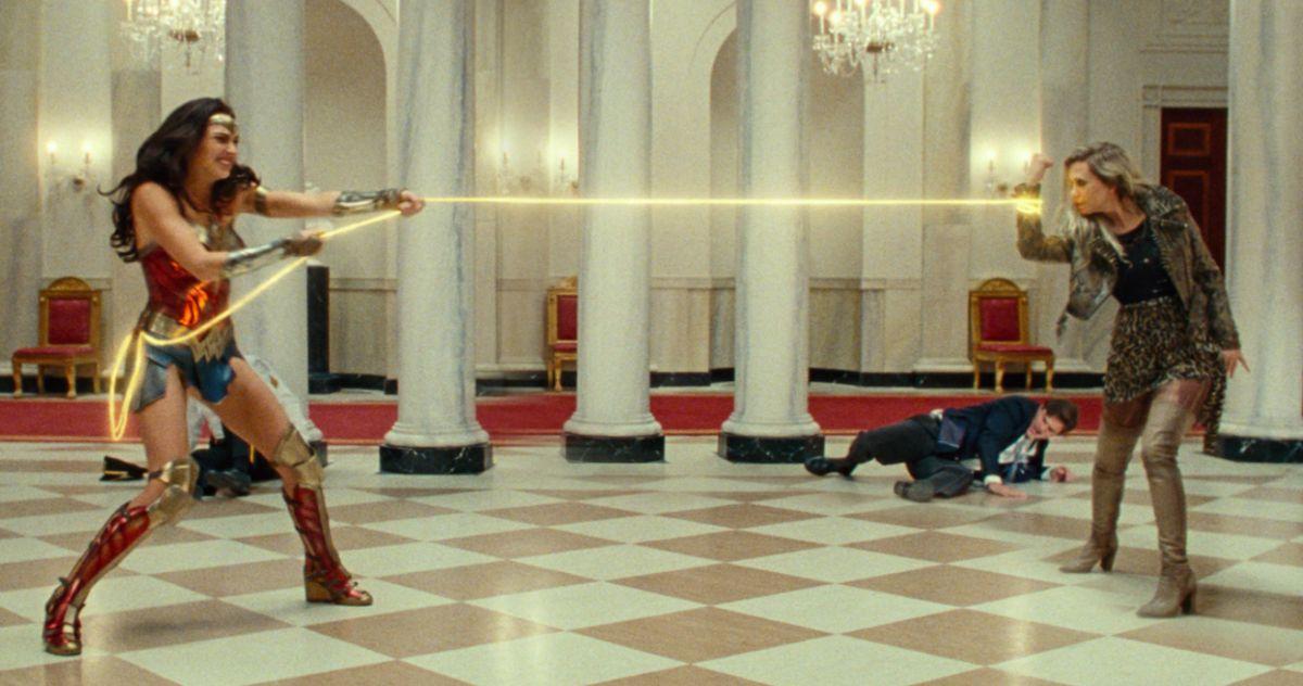 'Wonder Woman 1984' Director Says Diana and Cheetah Romance Isn't Happening