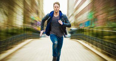 CBS' Limitless Trailer: Bradley Cooper Thriller Gets TV Sequel
