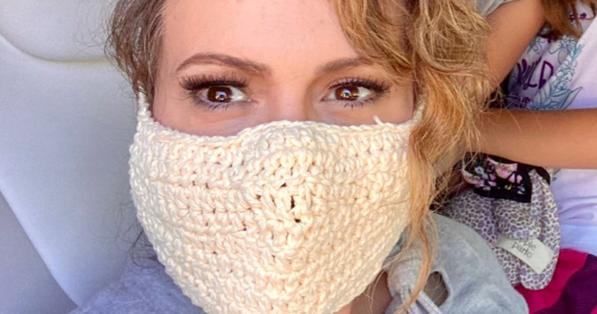 Alyssa Milano Gets Torched on Twitter for Wearing Crocheted Mask