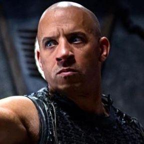 Karl Urban Returns as Vaako in a New Riddick Photo