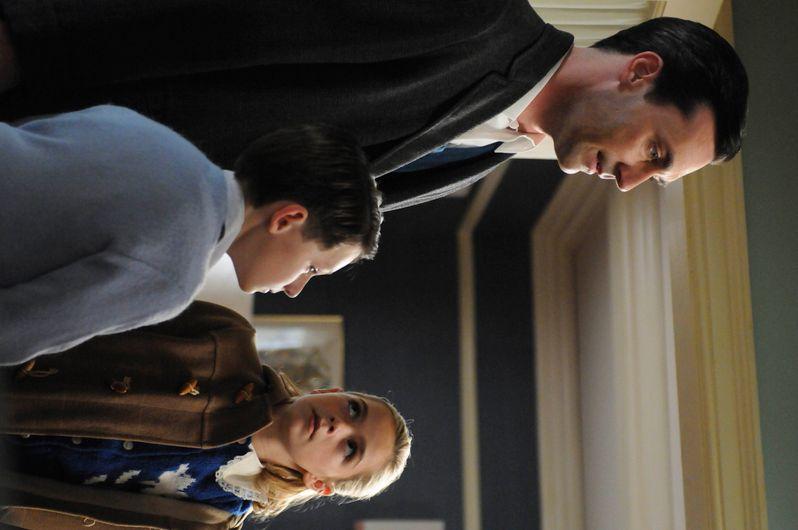 Don Draper (Jon Hamm), Sally Draper (Kiernan Shipka) and Bobby Draper (Jared S. Gilmore)