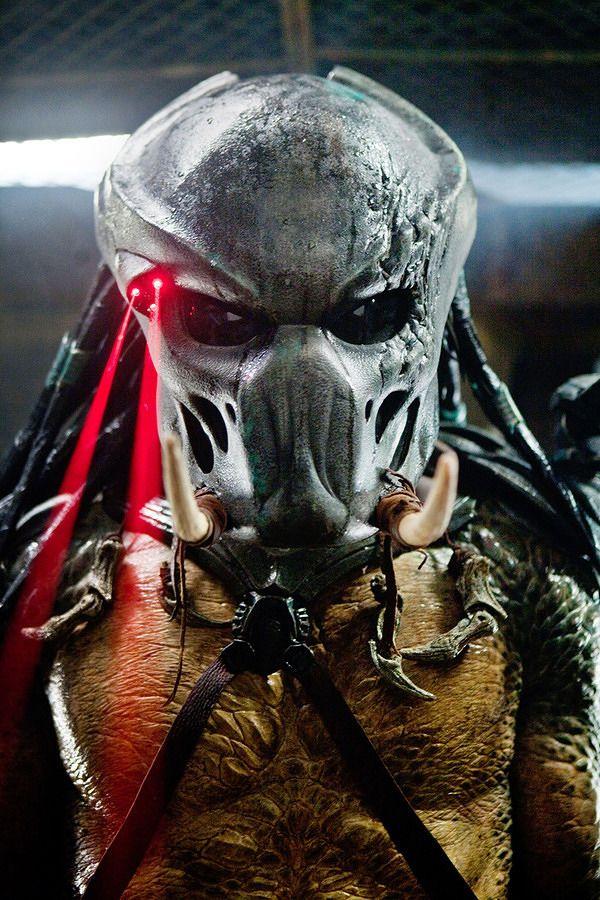 <strong><em>Predators</em></strong> Image #1