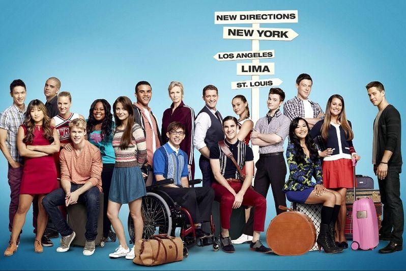 <strong><em>Glee</em></strong> Season 4 Promo Art Cast
