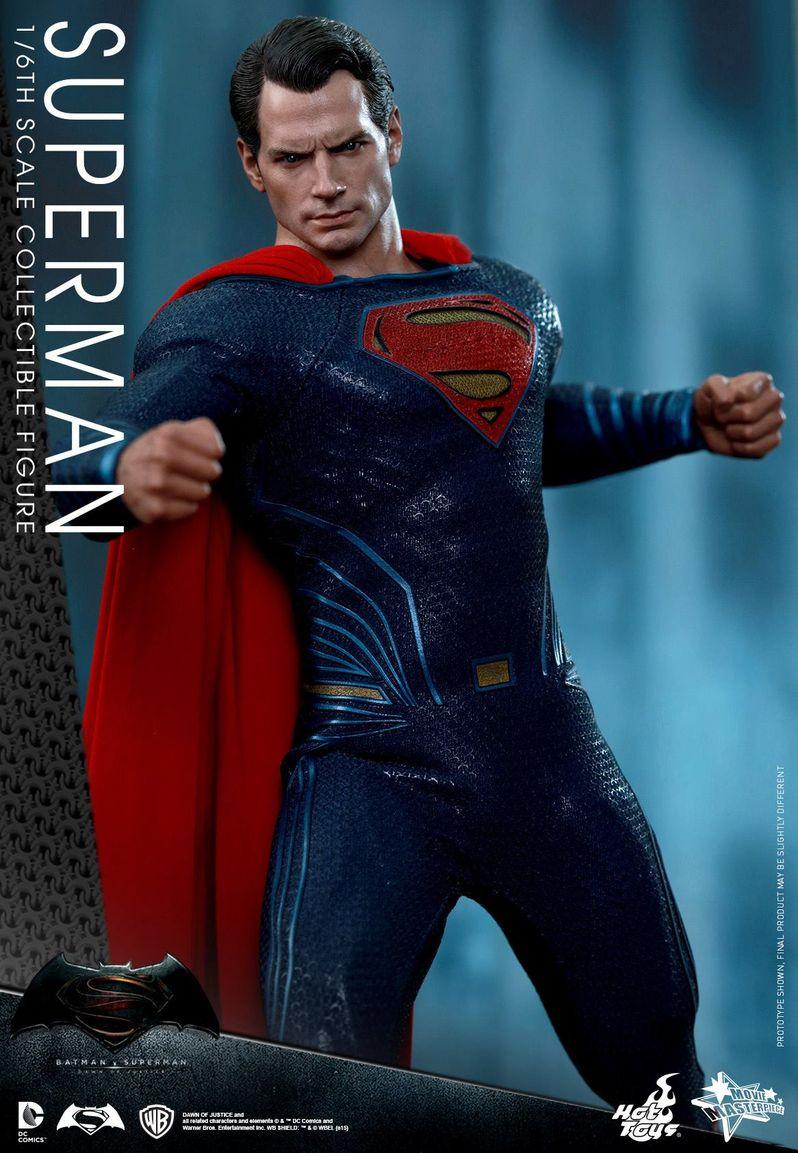 <strong><em>Batman v Superman: Dawn of Justice</em></strong> Hot Toys Photo 31