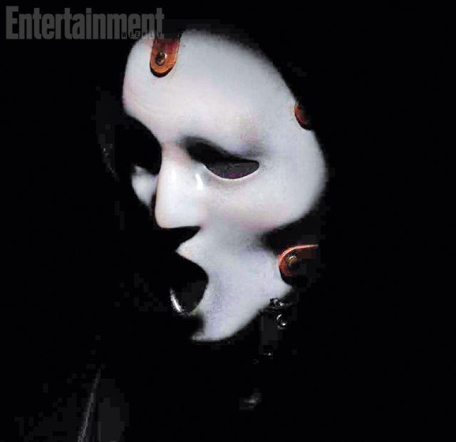 <strong><em>Scream</em></strong> TV Show Mask photo
