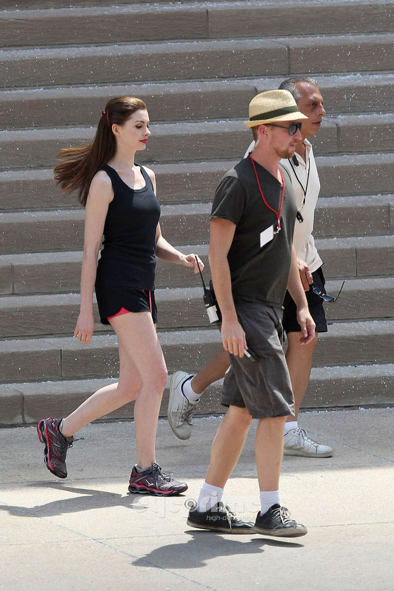 Anne Hathaway on <strong><em>The Dark Knight Rises</em></strong> Set #3