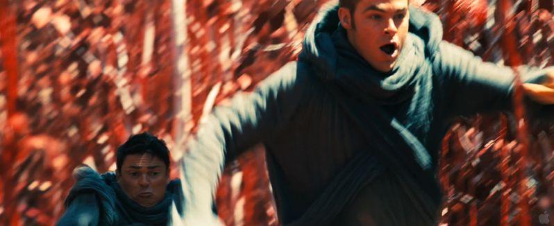 <strong><em>Star Trek Into Darkness</em></strong> Trailer Preview Photos photo 6