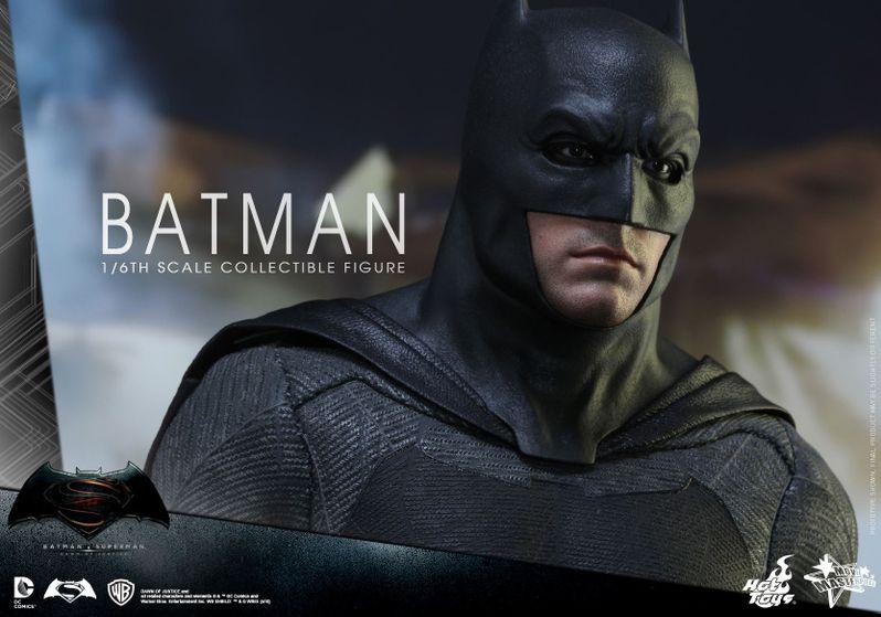 <strong><em>Batman v Superman: Dawn of Justice</em></strong> Hot Toys Photo 10
