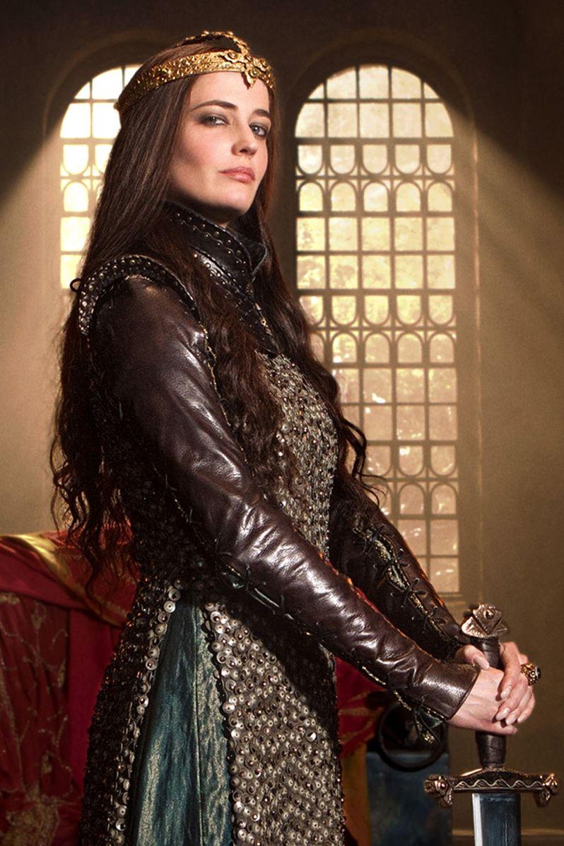 <strong><em>Camelot</em></strong> Season 1 Photo #3
