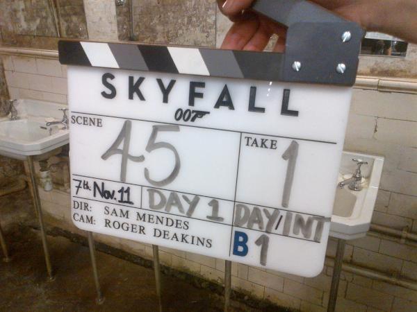 <strong><em>Skyfall</em></strong> 007 Set Photo
