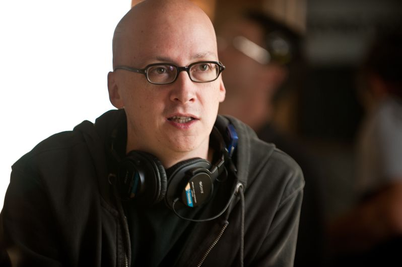 Director Greg Mottola on the set of <strong><em>Paul</em></strong>