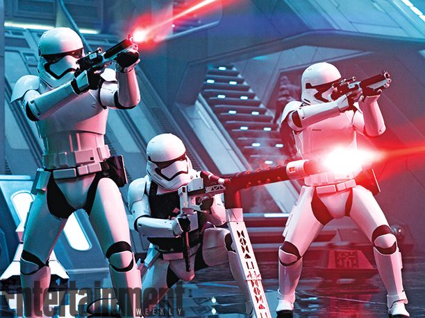 <strong><em>Star Wars: The Force Awakens</em></strong> Photo 12