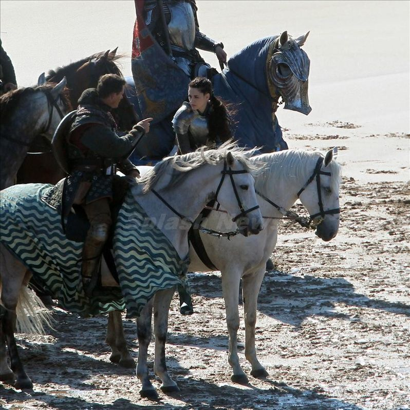 Kristen Stewart on the set of <strong><em>Snow White and the Huntsman</em></strong> #3