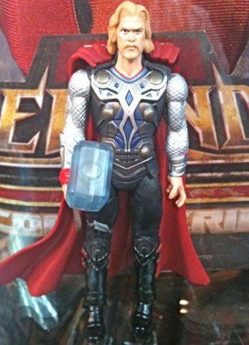 <strong><em>Thor</em></strong> Action Figure Image #4
